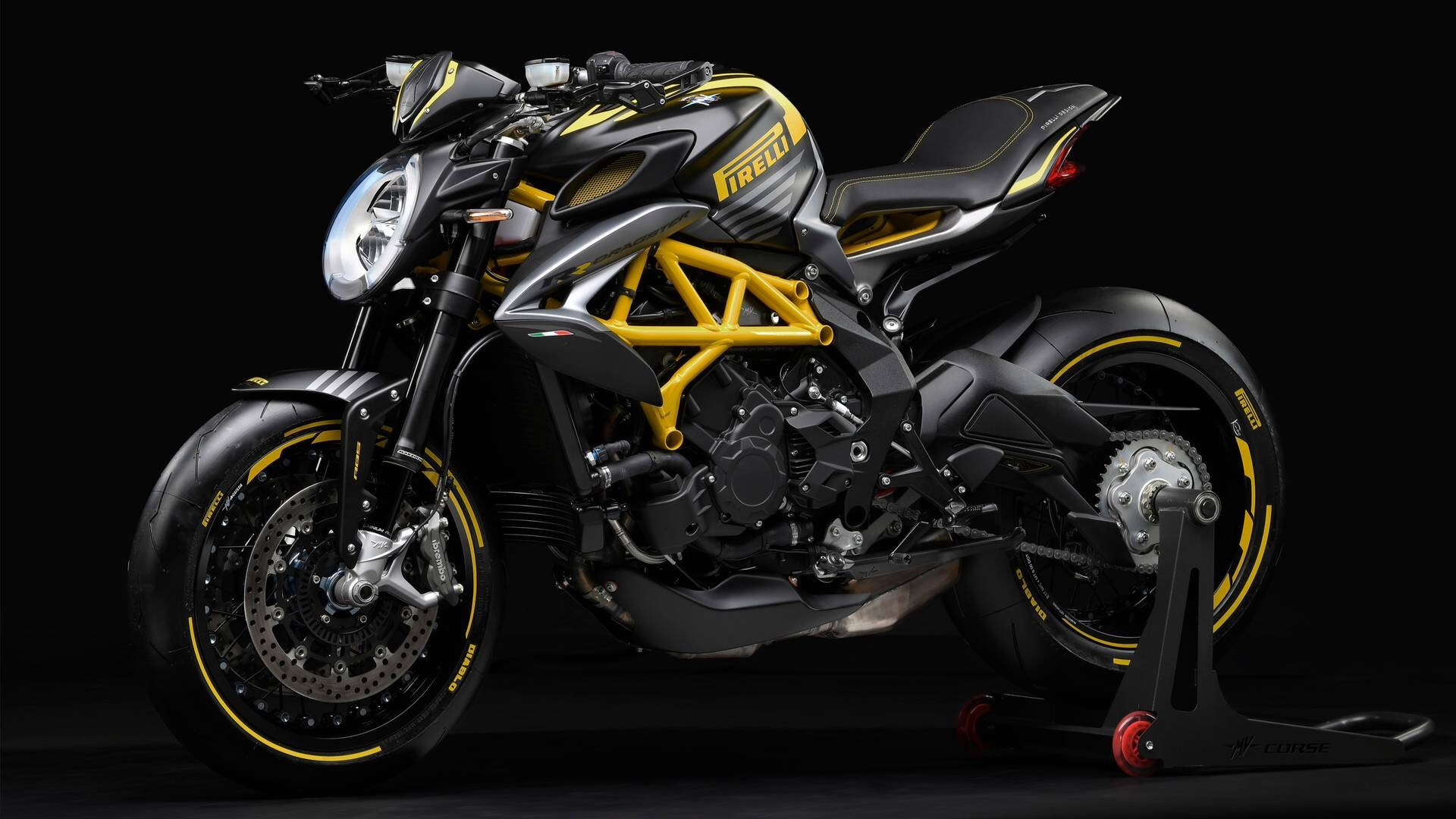 MV Agusta and Pirelli Team Up for Rubber Brutale Dragster 800