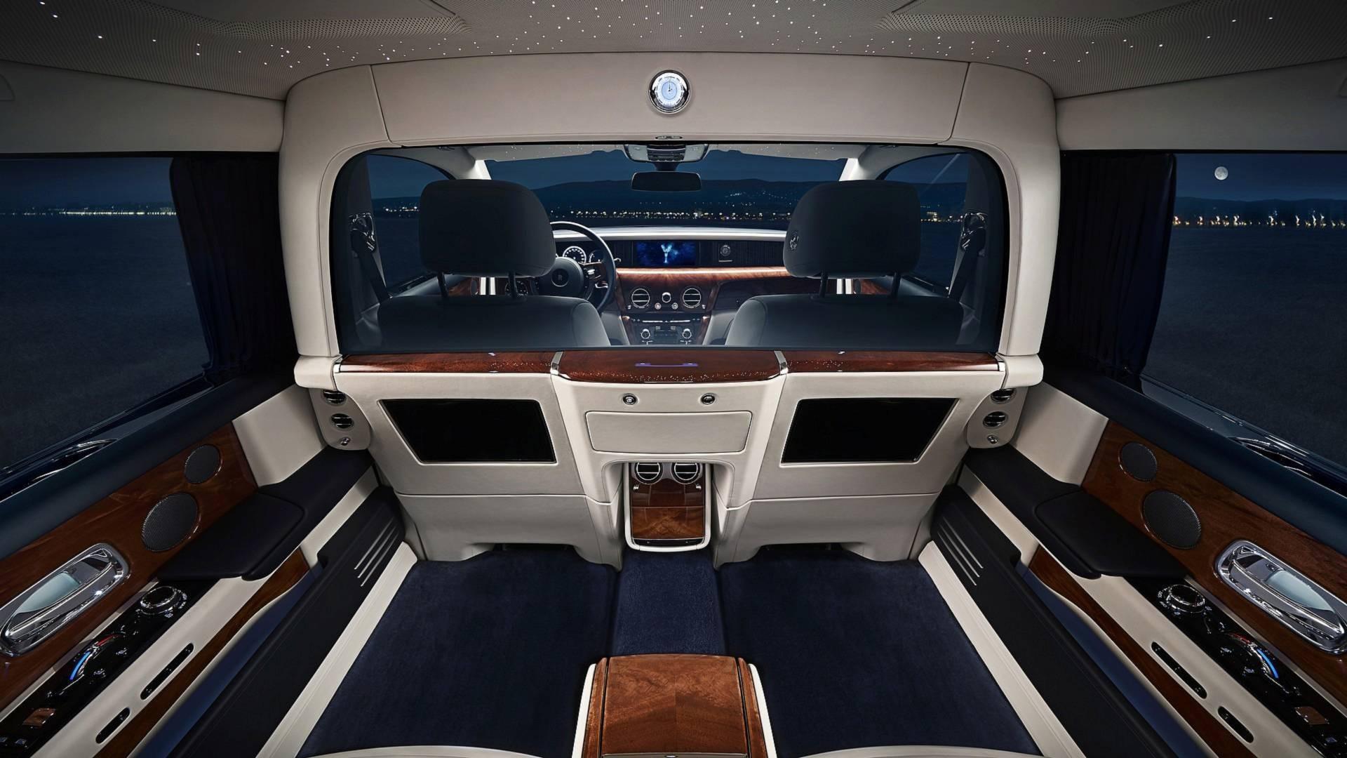 Rolls-Royce Reveals Privacy Suite For New Phantom