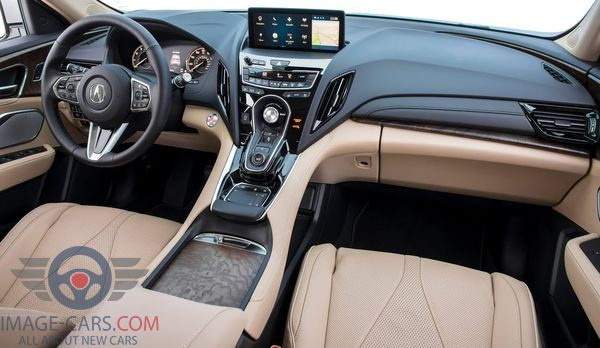 Dashboard view of Acura RDX of 2018 year