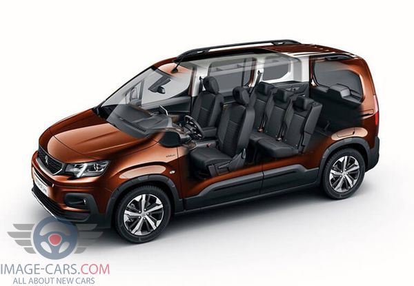 Salon view of Peugeot Rifter of 2019 year