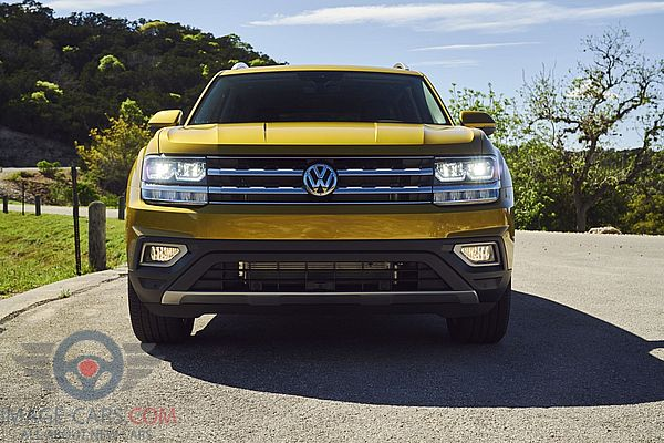 Front view of Volkswagen Atlas of 2017 year