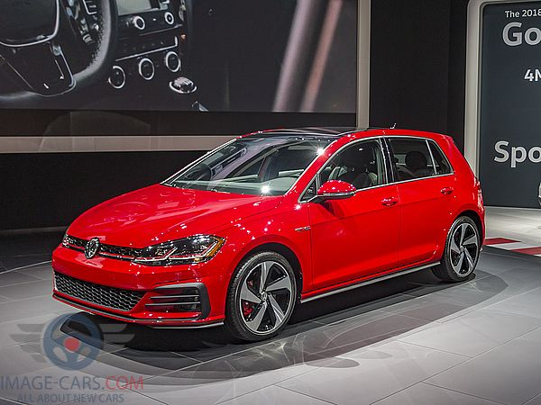 Front Left side of Volkswagen Golf of 2018 year