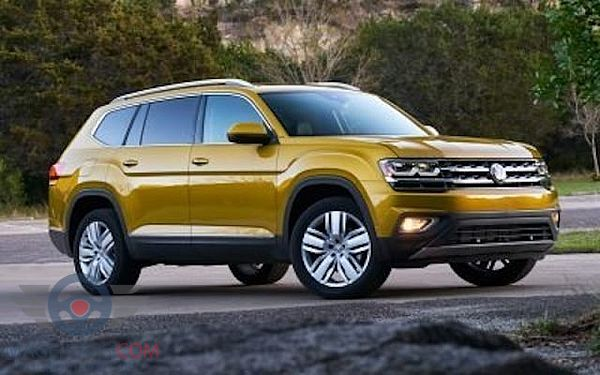 Right side of Volkswagen Atlas of 2017 year