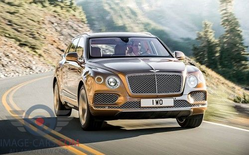 Front view of Bentley Bentayga of 2017 year
