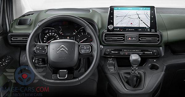 Dashboard view of Citroen Berlingo of 2019 year