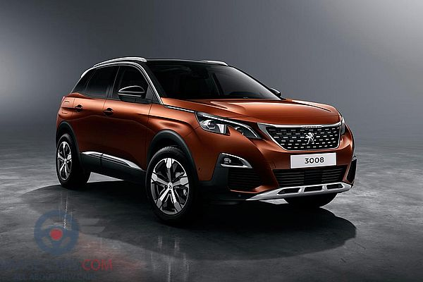 Front Right side of Peugeot 3008 of 2018 year