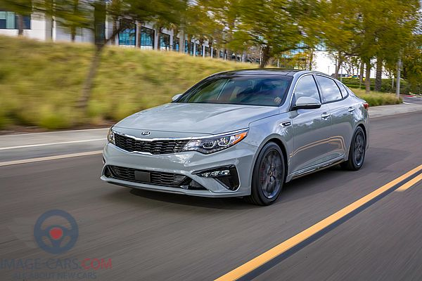 Front Left side of Kia Optima of 2019 year