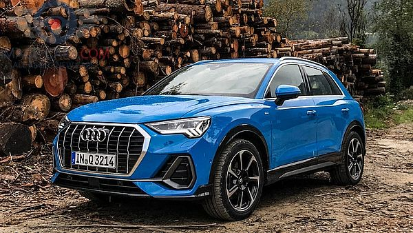 Front Left side of Audi Q3 of 2018 year
