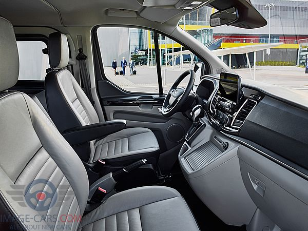 Salon view of Ford Tourneo Custom of 2018 year