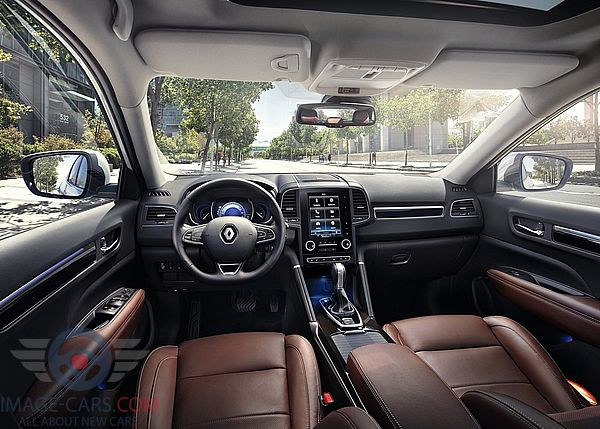 Dashboard view of Renault Koleos of 2017 year