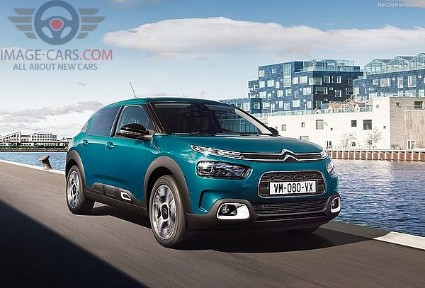 Front Right side of Citroen C4 Cactus of 2018 year