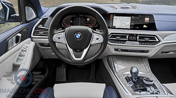 Dashboard view of BMW X7 of 2019 year