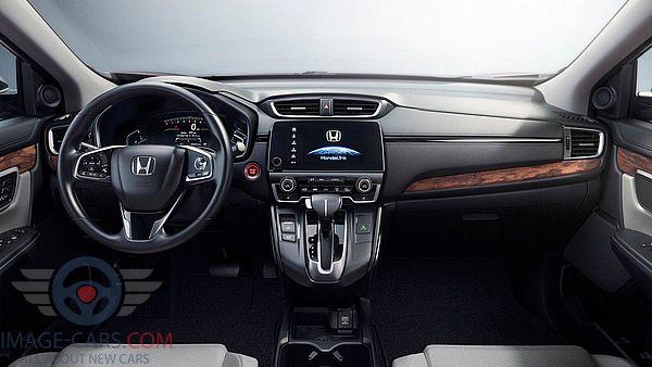Dashboard view of Honda CR-V of 2018 year