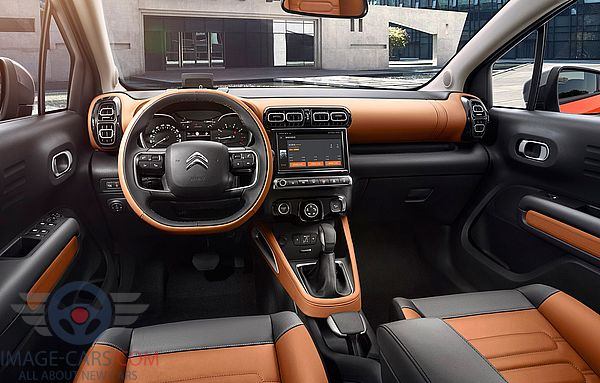 Dashboard view of Citroen C4 Cactus of 2018 year