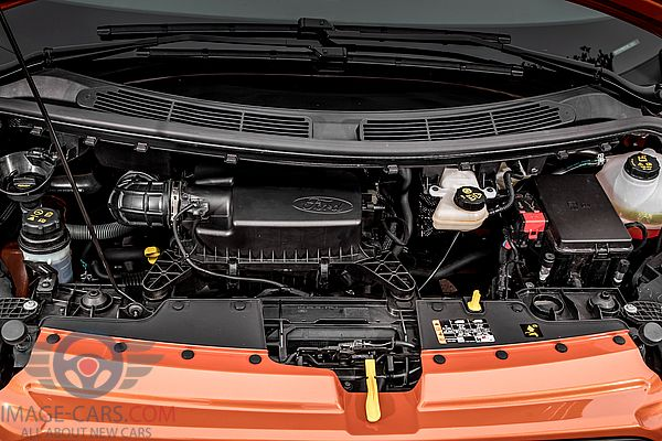Engine view of Ford Tourneo Custom of 2018 year
