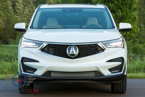Front view of Acura RDX of 2018 year