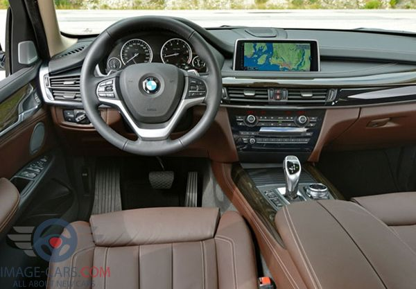 Dashboard view of BMW X2 of 2018 year