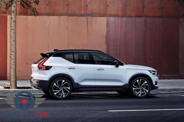 Right side of Volvo CX 40 of 2018 year