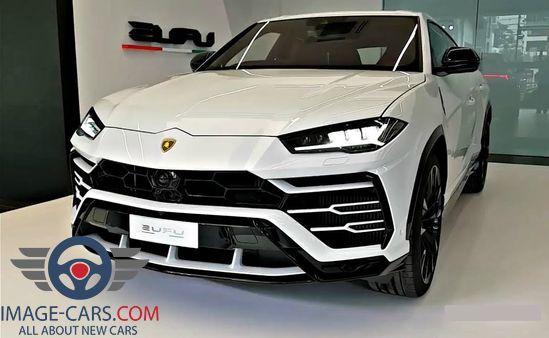 Front view of Lamborghini Urus of 2018 year