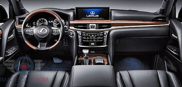 Dashboard view of Lexus LX 570 of 2018 year