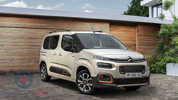 Citroen Berlingo of 2019 year - Front Right side