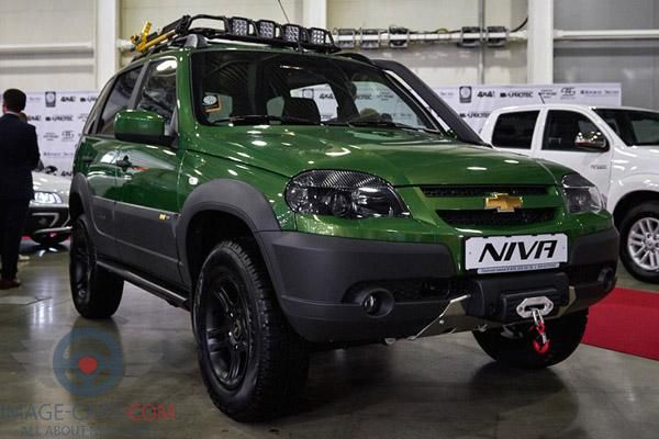 Front Right side of Chevrolet Niva of 2018 year