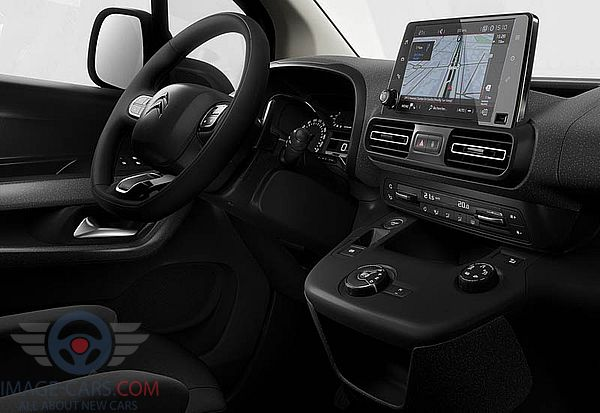 Dashboard view of Citroen Berlingo of 2019 year