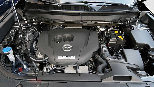 Engine view of Mazda CX9 of 2018 year