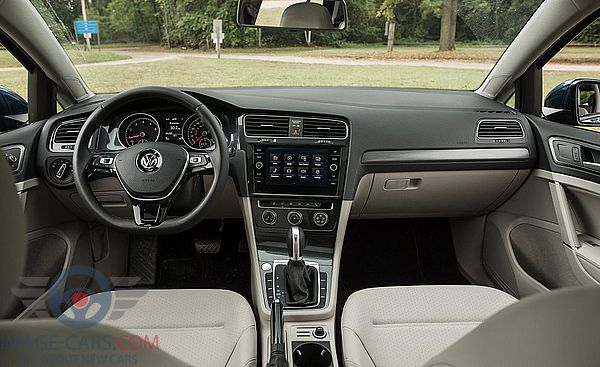 Dashboard view of Volkswagen Golf of 2018 year