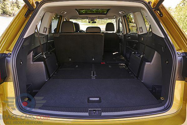 Salon view of Volkswagen Atlas of 2017 year