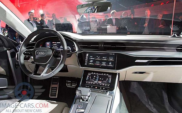 Dashboard view of Audi A7 of 2018 year
