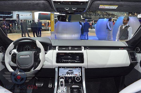 Dashboard view of Range Rover Sport of 2018 year