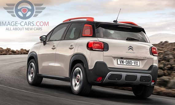 Rear Left side of Citroen C3 Aircross of 2018 year