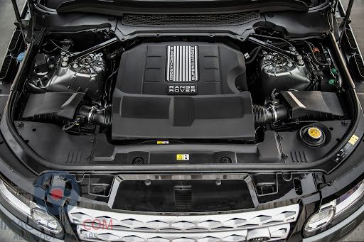 Engine view of Range Rover Sport of 2018 year