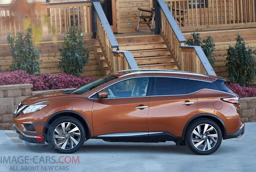 Left side of Nissan Murano of 2018 year